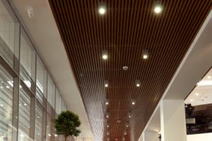 Дизайн и стоимость реечного кубообразного потолка