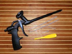 Пистолет для монтажной пены – для каких работ незаменим и как правильно его использовать?