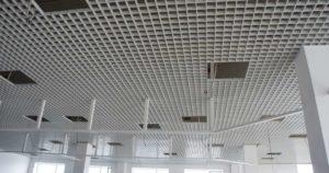 Виды и стоимость ячеистых подвесных потолков