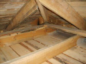 Как утеплить потолок в бане с холодной крышей своими руками