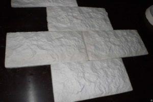 Гипсовая плитка — обзор технологии изготовления материала