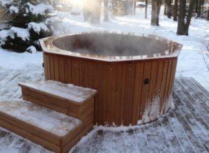 Ледяная купель с подогревом из еврокуба – делаем баню и прорубь во дворе