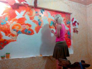 Акриловая водоэмульсионная краска – окрашивание и художественная роспись
