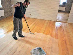 Чем лучше покрыть полы на даче?