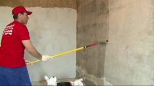 Грунтование стен перед шпаклевкой – стоит ли делать и какой материал выбрать