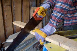 Работа с деревом в домашних условиях – пилим материал и соединяем детали