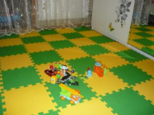 Мягкие модульные полы-пазлы для детских комнат: виды и особенности покрытий