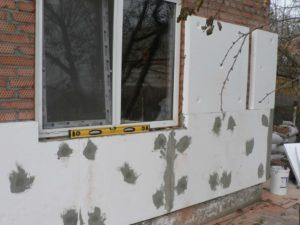 Как утеплить дом снаружи пенопластом – подробно обо всех особенностях операции