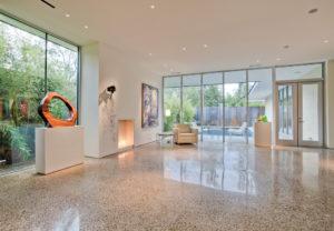 Полимерный наливной пол в частном доме