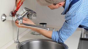 Как поменять кран на кухне – демонтируем старый и ставим новый