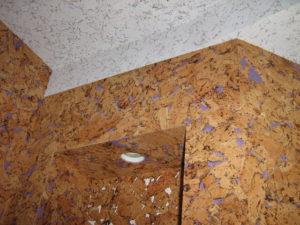 Виды потолочного пробкового покрытия и технология отделки