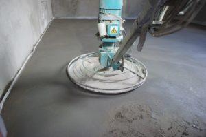 Стоимость бетонной стяжки пола за м<sup>2</sup>» width=»300″ height=»199″ class=»alignleft size-medium» /></p><p>15 летопыта монтажа! Нами сделано более 10000 квартир! Гарантия 3 года!</p><p>Снижена цена заметрработы снашим материалом!</p><p>У нассухая стяжка всегда лучшее качество иразумная цена зам² работы сматериаломвМоскве иМосковской области.</p><p>Если вамнеобходим монтаж сухой стяжки выотставляете заявку потел.или форму <strong>вызов мастера</strong>, наследующий день нашмастер производит замер помещений иятутже высылаю вамсмету наматериалы имонтаж.</p><p>Сухая стяжка самая дешёвая цена зам² работы прихороших шумоизоляционных характеристиках итолщине слоя посравнению сбетонной стяжкой.</p><p>Сухая стяжка унасцена зам² работа безматериала зависит отплощади пола.Сухая стяжка цена зам² сматериалом напрямую зависит оттолщины керамзитовой засыпки. Минимально возможный средний слой керамзитовой засыпки 3-4 см.</p><h3><span class=