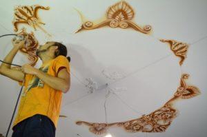 Дизайн и технология нанесения росписи на потолок