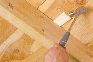 Способы устранения скрипа деревянного пола в квартире