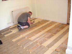 Реставрация деревянного пола своими руками