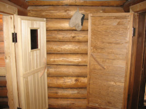 Дверь в баню своими руками – пошаговое изготовление и установка