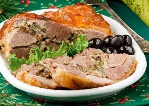 Горячие мясные блюда на Новый 2019 год – 5 вкуснейших и недорогих рецептов