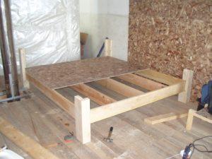 Делаем двуспальную кровать своими руками – пошаговое пособие для новичков