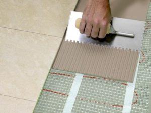 Как клеить плитку на пол – от выбора клея до монтажа