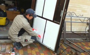 Утепляем входную дверь своими руками – узнаем принцип работы