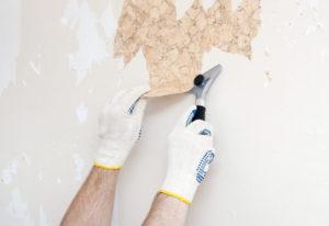 Подготовка стен к поклейке обоев – как снять старую отделку и смыть краску?