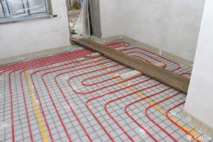 Монтаж теплого пола, на примере водяного способа отопления