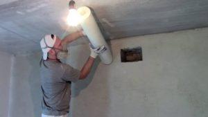 Поклейка паутинки под покраску для ремонта потолка и стоимость
