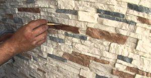 Гипсовый камень для внутренней отделки: особенности, производство, укладка