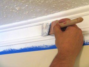 Как и чем покрасить пластиковый потолочный плинтус для ПВХ панелей