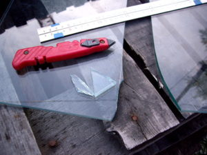 Как отрезать каленое стекло – простыми словами о сложном процессе