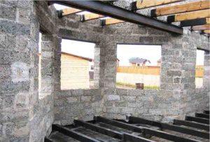 Из чего построить баню – дерево, кирпич или арболит?