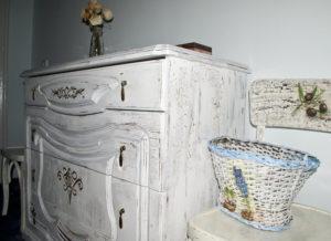 Состаривание мебели в стиле прованс – бюджетный антиквариат
