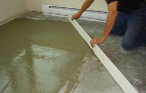 Как уложить наливной пол под ламинат?
