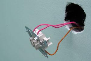 Как установить выключатель света своими руками
