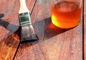 Масла лаки и воск для покрытия массивной доски