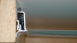 Плинтус для натяжного потолка – разновидности и правила самостоятельного монтажа