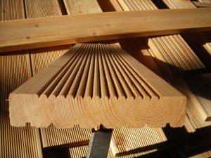 Технология производства террасной доски из натурального дерева и ДКП