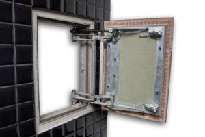 Сантехнические люки-невидимки под плитку и их устройство