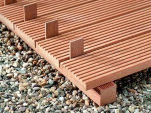 Садовая дорожка из террасной доски: виды декинга, инструменты для работы и укладка своими руками