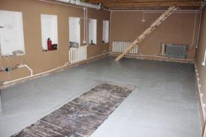 Полы в гараже – использование современных материалов