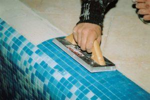 Клей для мозаики на сетке – виды, технология укладки