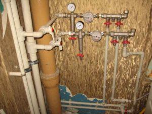 Замена труб отопления в квартире через сколько лет положено