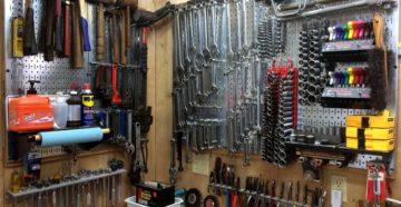 Стеллажи для гаража – как создать идеальный порядок среди инструментов?