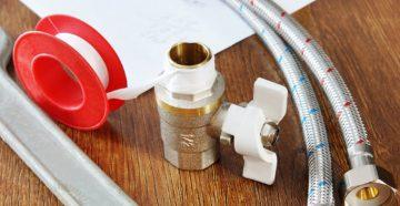 Фум-лента или сантехнический лен – чем уплотнить резьбу для горячей воды?