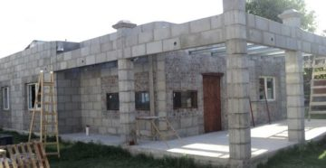 Дом из шлакоблока – строим сами долговечное жилище