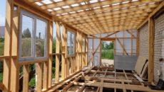 Пристройка к дому – как быстро и недорого сделать из доступных материалов