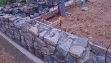 Бутовый камень – строительство недорогого и надежного фундамента