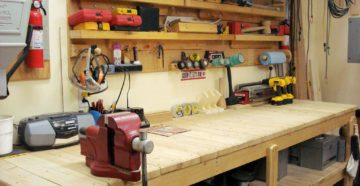 Самодельные верстаки и стеллажи – делаем приспособления для гаража